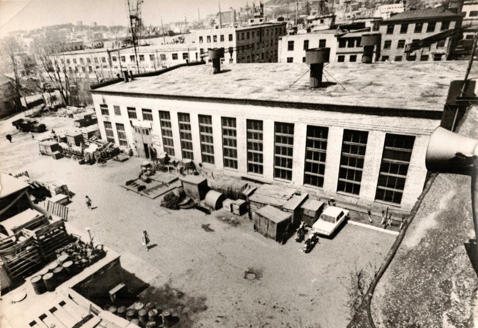 Дальрыбтехцентр. Цех в 1970 г.
