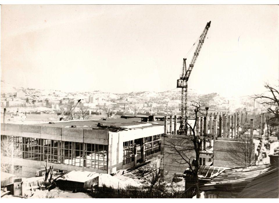 Строительство корпусов завода по ул. Калинина, 42