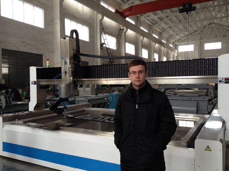 Подписание контракта на закупку оборудования в Китае.
